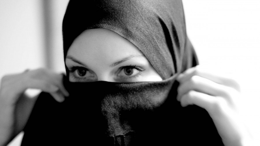 women-in-hijab-images