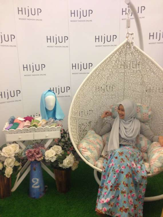 hijup stand 2
